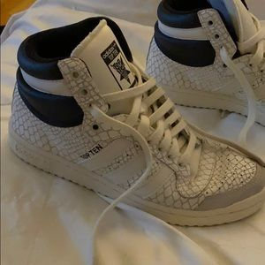 ADIDAS hightop sneakers